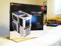 Thermaltake Level 10 GT Snow Edition - box