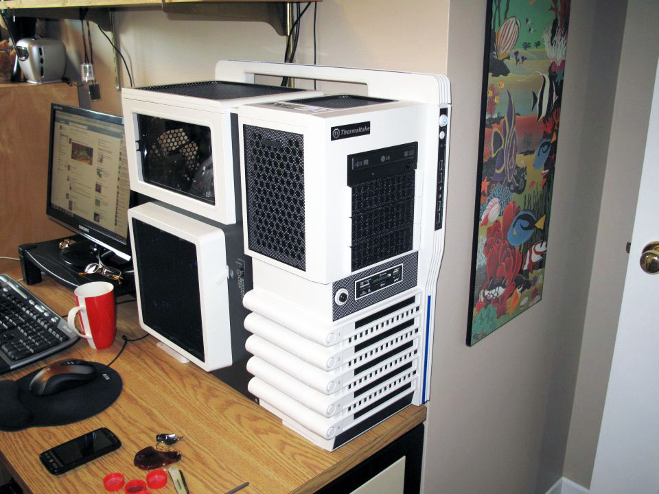 Thermaltake Level 10 GT Snow Edition - assembled front